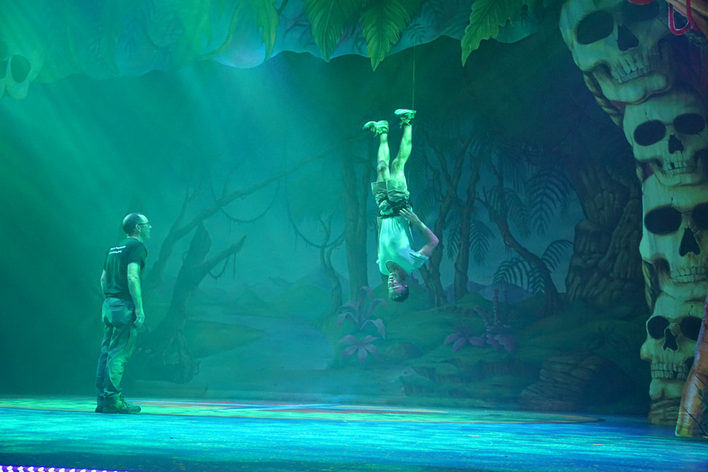 Peter Pan and Tinker Bell Behind the Scenes