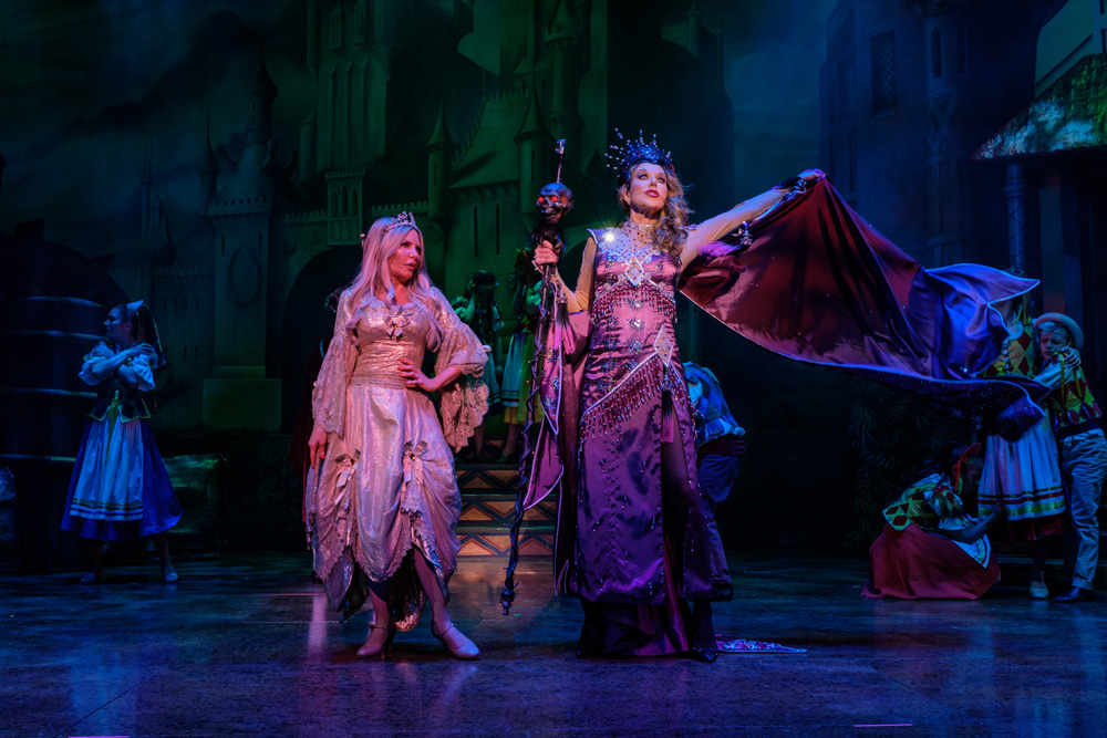 Bonnie Lythgoe presents Sleeping Beauty - A Knight Avenger's Tale